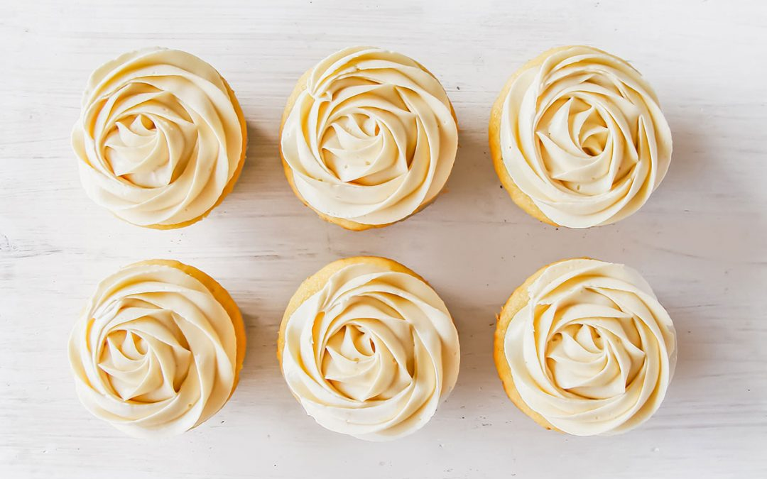 Piping Frosting 101 – The Frosting Piping Manual!